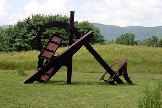 Mark di Suvero: Chonk On