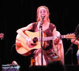 Lisa Atkinson performing at Don Quixote's International Music Hall, Felton, CA, 2007