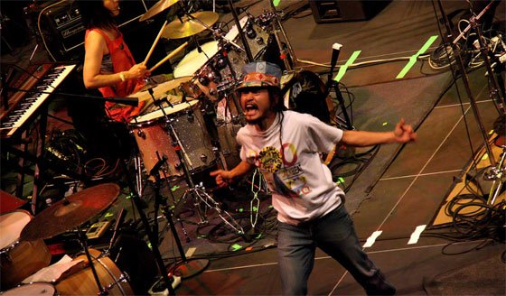 The Boredoms (photo by Bryan Thomas)