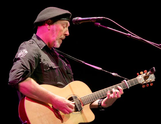 Richard Thompson (photo by Joe Putrock)