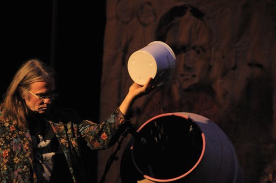 Jean-Herve Peron performing on cement mixer (photo by Andrzej Pilarczyk)