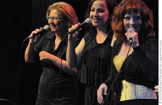 JaLaLa: Janis Siegel, Lauren Kinhan and Laurel Masse