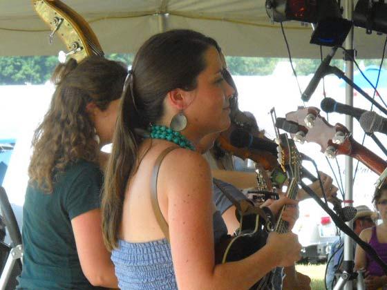 Mandolinist Jenni Lynn Gardner of Della Mae
