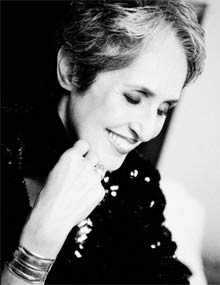 Joan Baez (photo by  Dana Tynan)