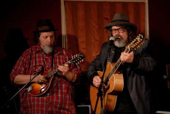 Michael Eck and Peter Case (photo by Joe Deuel)