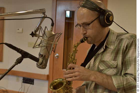 Lee Russo Playing a Soprano Sax