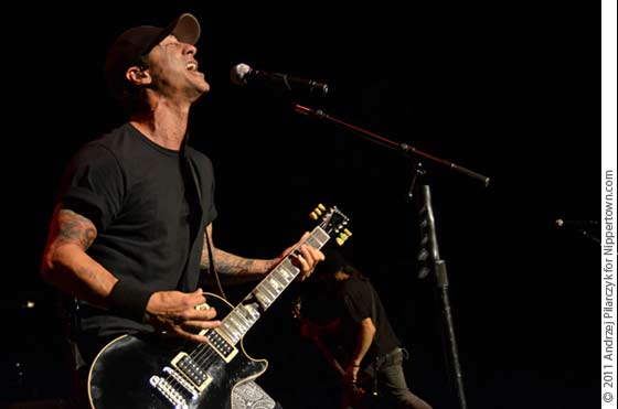 Sully Erna and Godsmack