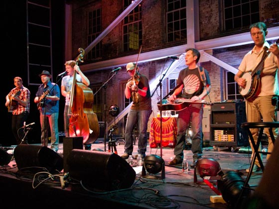 The Infamous Stringdusters (photo by Fritz Roth)