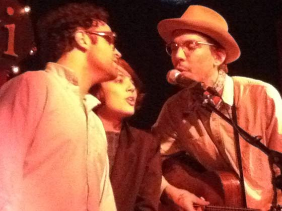 "Buddy, Tristan and Justin Townes Earle sing the ""Harlem River Blues"""