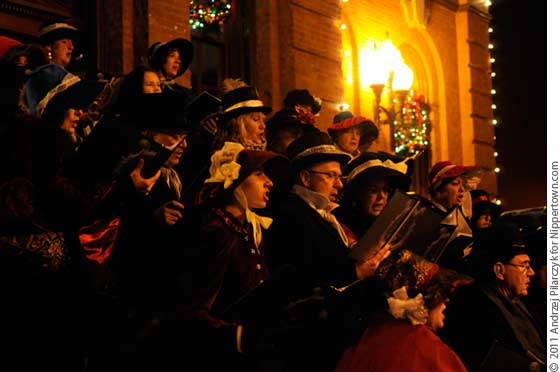 A Choral Group at the Saratoga Victorian Streetwalk