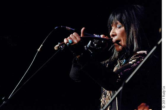 Buffy Sainte-Marie performing on mouthbow