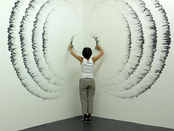 Judith Braun making a wall fingering @ Schick Gallery
