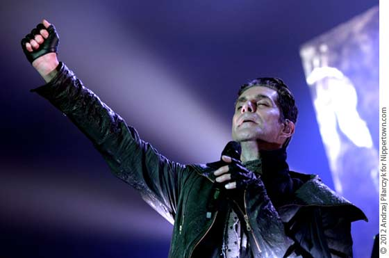 Perry Farrell of Jane's Addiction (photo by Andrzej Pilarczyk)