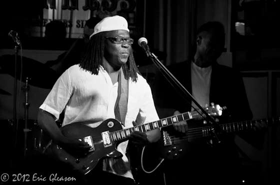 Joe Louis Walker @ Pauly's Hotel, 4/13/12