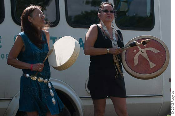 Margo Thunderbird and Joanne Shenandoah at the Annual Blessing of the River