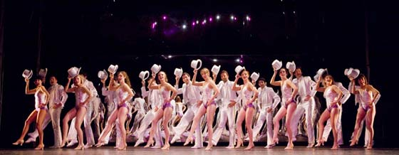 The Cast of A Chorus Line. (photo: Chris Reis)