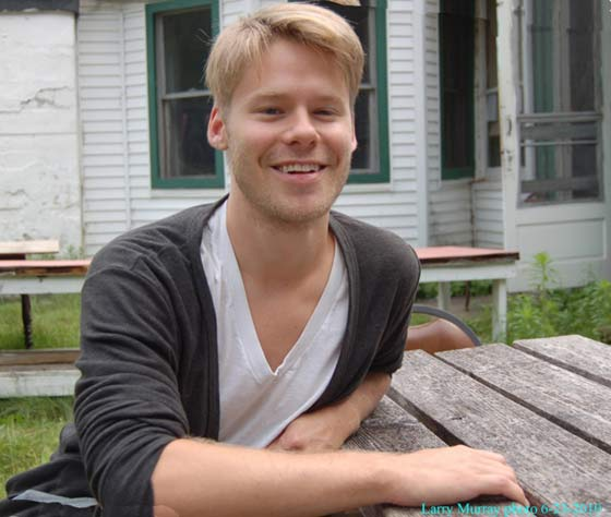 `Randy Harrison returns to the Berkshires to show his witty, satiric and sometimes goofy side. (photo: Larry Murray)