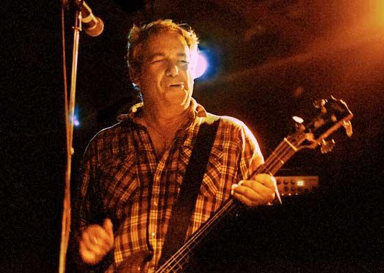Mike Watt (photo by Jason Spiro)