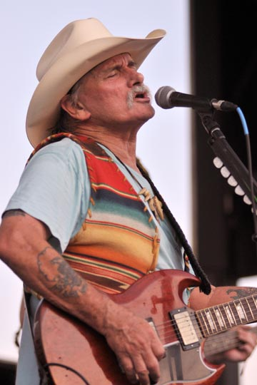Dickey Betts @ Alive At 5 (photo by Stanley Johnson)