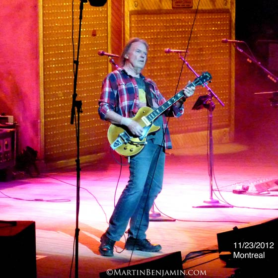 Neil Young @ The Bell Centre, Montreal, 11/23/12 (photo by Martin Benjamin)