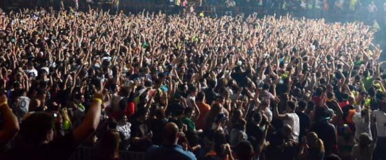 Tiesto @ the Times Union Center, 2/20/13 (photo by Michael Seinberg)