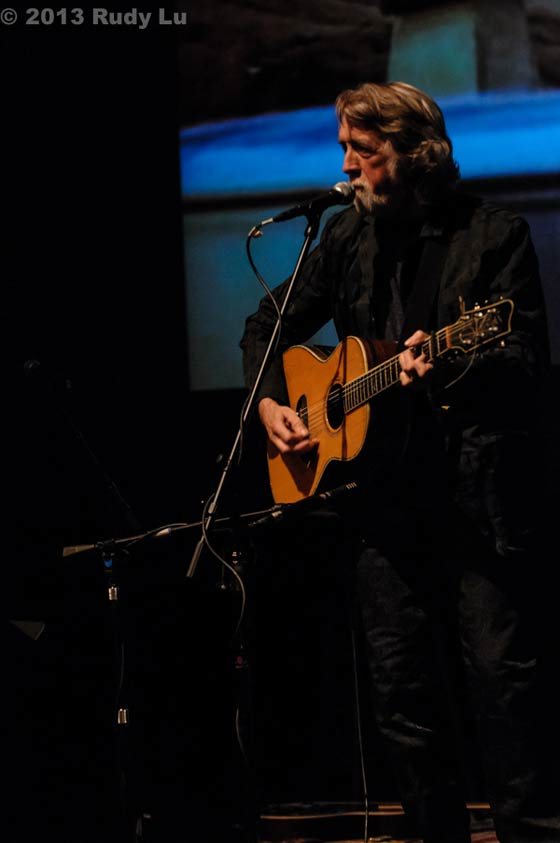 John McEuen @ The Eighth Step at Proctors 3/23/13 (photo by Rudy Lu)