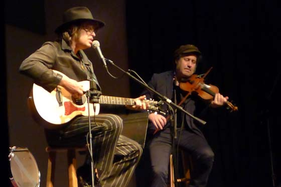 The Waterboys @ The Linda (photo by Kirsten Ferguson)