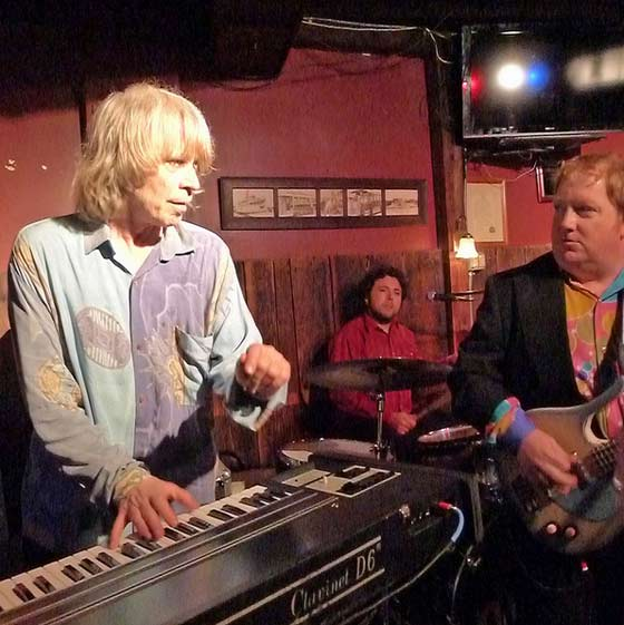 NRBQ @ The Ale House (photo by Kirsten Ferguson)