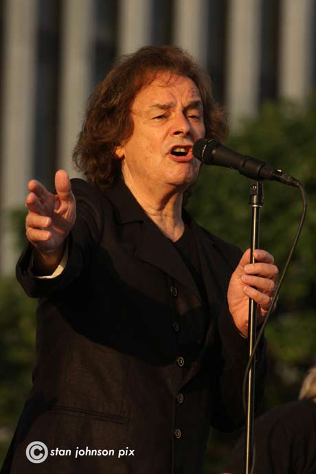 Colin Blunstone of The Zombies (photo by Stanley Johnson)