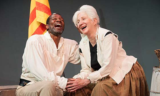 John Douglas Thompson (Cook) and Olympia Dukakis (Mother Courage). Rehearsal Photo by Enrico Spada