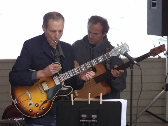 Joel Harrison and Hans Glawaschnig (photo by J Hunter)