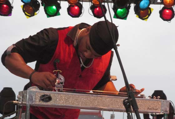 Robert Randolph (photo by Richard Brody)