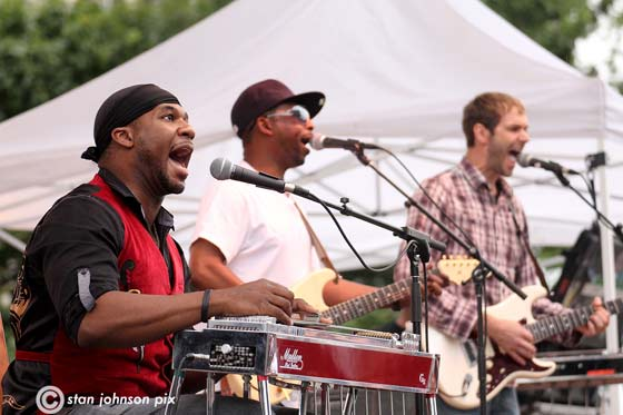 Robert Randolph and His Family Band (photo by Stanley Johnson)