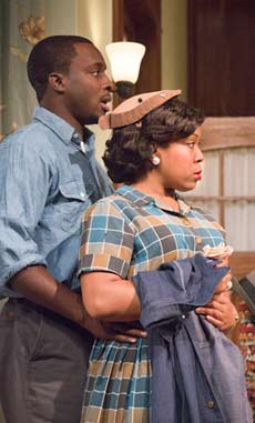 "Andy Lucien and Lynnette R. Freeman in ""Clybourne Park."" (photo by Scott Barrow)"