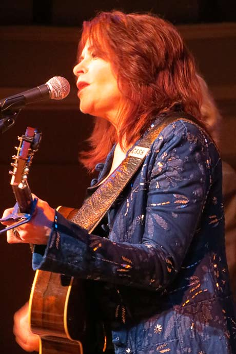 Rosanne Cash @ Troy Savings Bank Music Hall