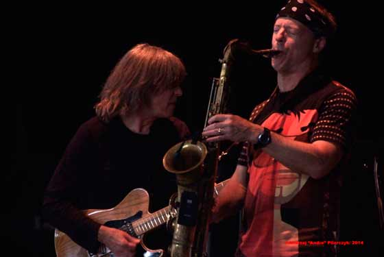 Mike Stern & Bill Evans (photo by Andrzej Pilarczyk)