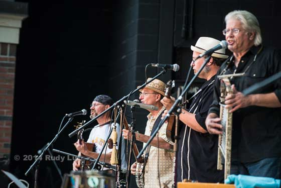 Ramblin Jug Stompers (photo by Rudy Lu)