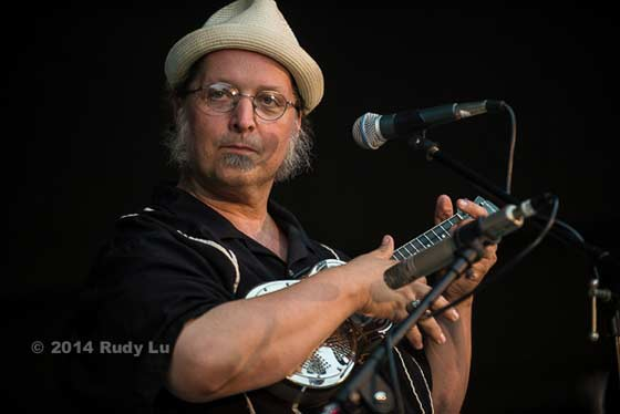Michael Eck of Ramblin Jug Stompers (photo by Rudy Lu)