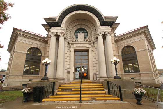 The Gloversville Public Library