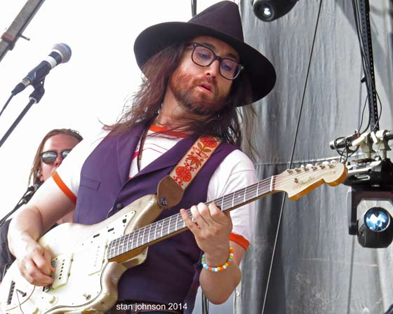 Sean Lennon and The Ghost of the Saber Tooth Tiger @ Mountain Jam