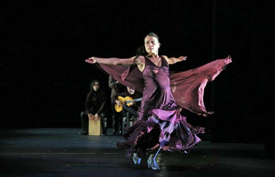 Friday at the Mahaiwe: Noche Flamenca's Antigona (photo: Chris Bennion)