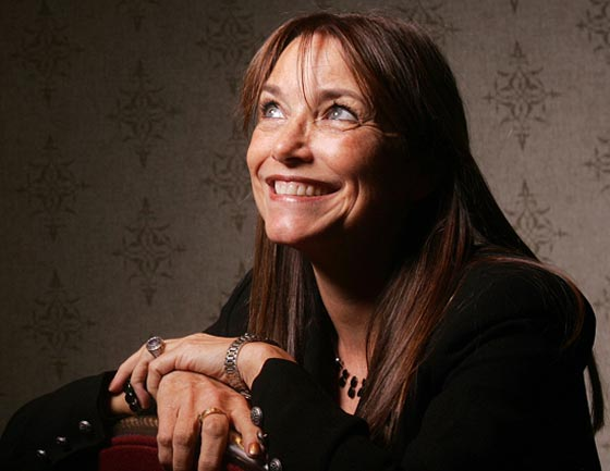 Karen Allen will direct Frankie and Johnny in the Clair de Lune.