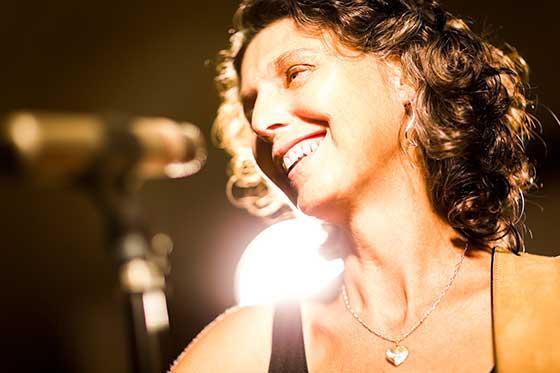 Naomi Bindman