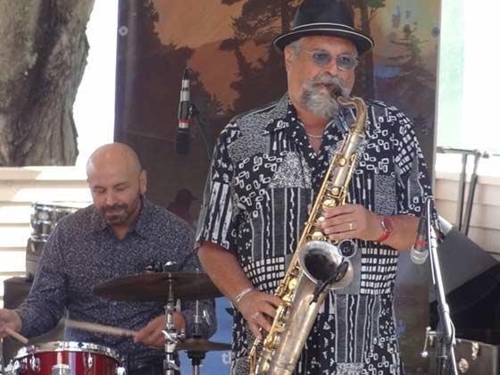 Rob Garcia and Joe Lovano (photo by J Hunter)