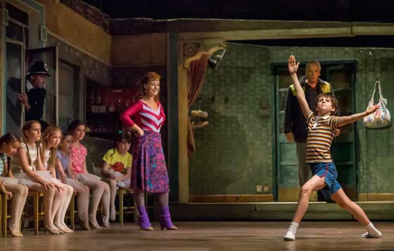 Ballet Girls, Ruthie Henshall and Elliot Hanna. Billy Elliot the musical. Photo by Adam Sorenson