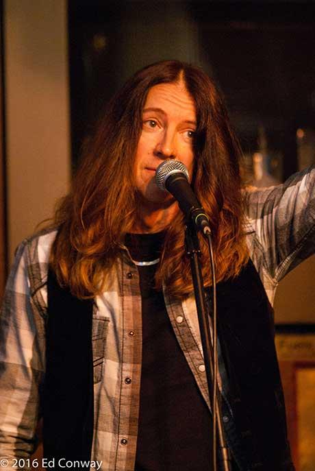 Tom Raider of Hey Jude