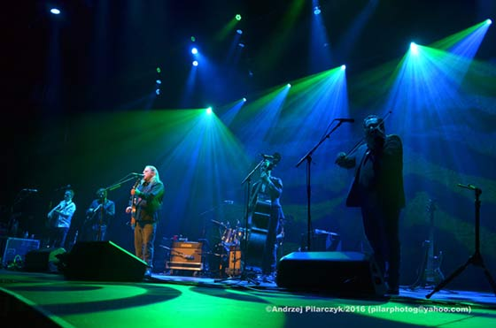 Warren Haynes and the Ashes and Dust Band