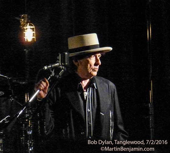 Dylan-Tanglewood-7_2_2016-nipper
