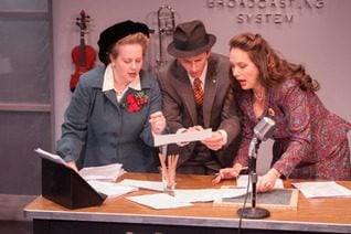 Jennie M. Jadow, Ryan Winkles and Sarah Taylor in It's A Wonderful Life (photo:  Enrico Spada)