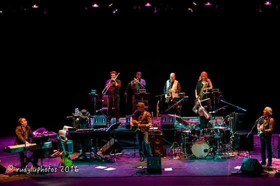 The Weight Band with the King Harvest Horns